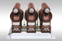 3хЗНОЛ.06-6, 3хЗНОЛП-6, 3хЗНОЛ.06-10, 3хЗНОЛП-10 3-х фазная группа Трансформаторы напряжения с доставкой до объекта монтажа по России и СНГ. Низкие цены. Напрямую от производителя. Всегда в срок